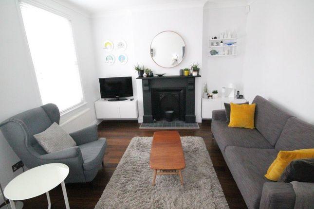 2 bed flat to rent in Frampton Street, Hertford SG14
