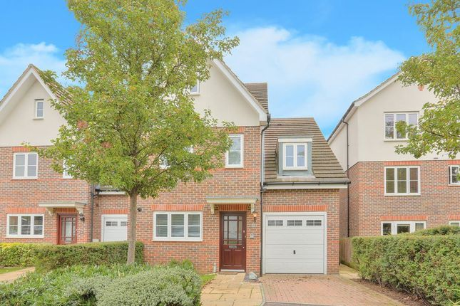 Thumbnail Property to rent in Waveney Road, Harpenden, Hertfordshire