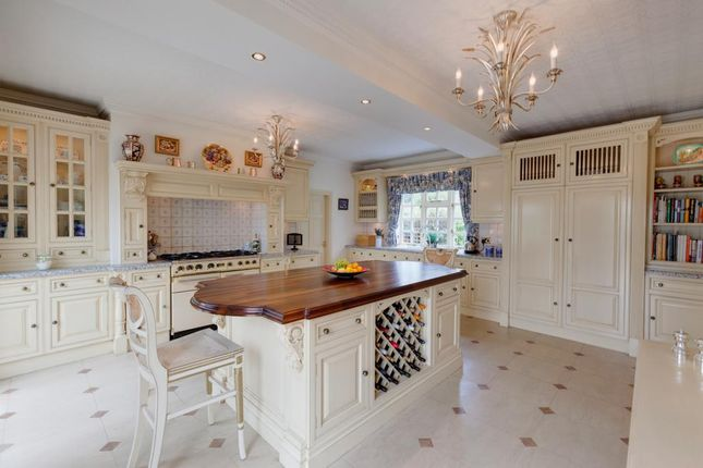Thumbnail Detached house for sale in Horseshoe Cottage, Dobbin Lane, Barlow, Dronfield