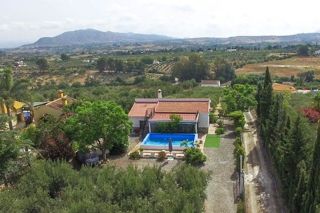 3 bed country house for sale in Alhaurin El Grande, Málaga, Spain