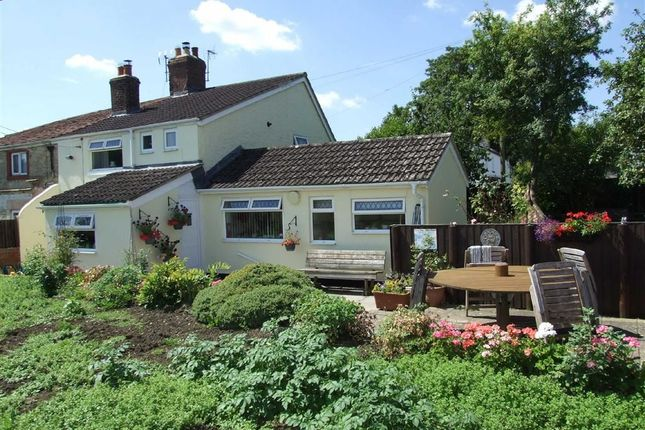 Thumbnail Cottage for sale in Semington Road, Melksham