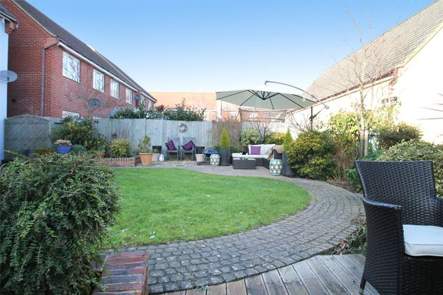 Picture No. 60 of Rowan Way, Angmering, West Sussex BN16