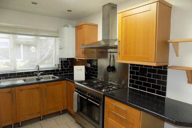 Thumbnail Property to rent in Yew Tree Walk, Hounslow, Middlesex