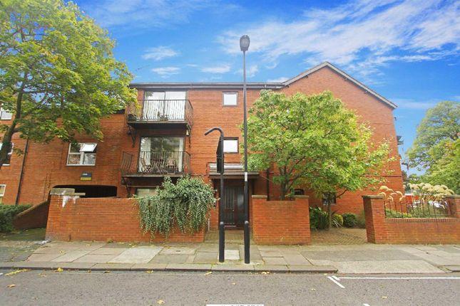 Thumbnail Flat for sale in Gowan Terrace, Jesmond, Newcastle Upon Tyne