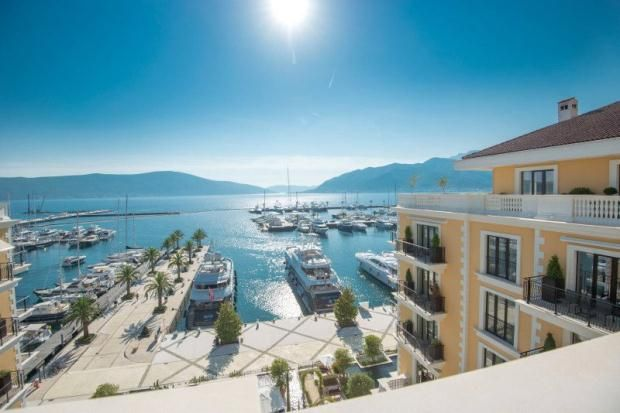 Thumbnail Apartment for sale in Tivat, Bay Of Kotor, Montenegro