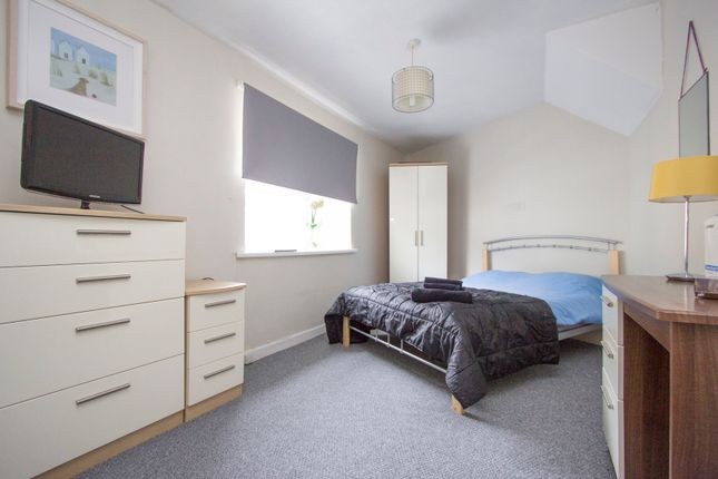 Thumbnail Terraced house for sale in Sydney Street, North Road West, Plymouth