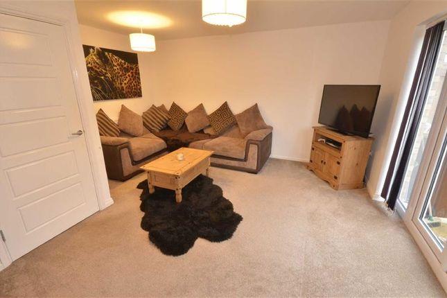Lounge of Ilberts Way, Pontefract WF8