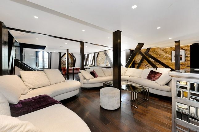 Thumbnail Flat to rent in Whitehall Court, Westminster