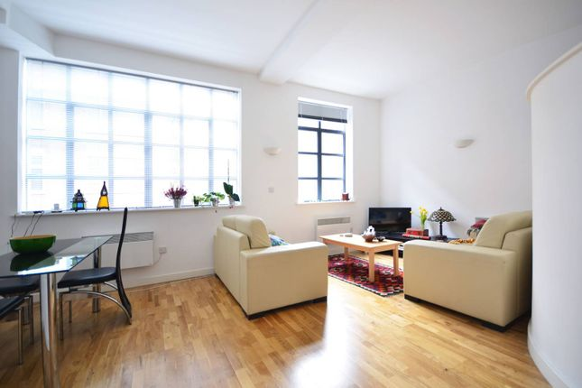 Thumbnail Flat for sale in Anlaby House, Boundary Street, Shoreditch, London
