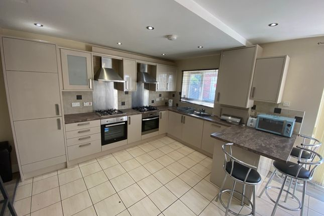 Thumbnail Semi-detached house to rent in Arnfield Road, Withington, Manchester