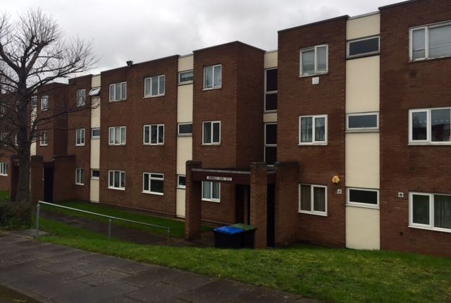 2 bed flat to rent in Alwynn Walk, Erdington, Birmingham B23