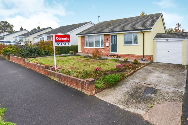 Thumbnail Bungalow for sale in Kilmorie Close, Taunton