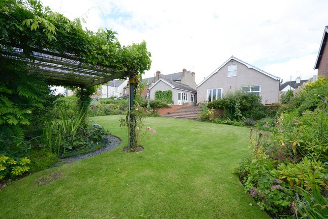 Thumbnail Detached bungalow for sale in Old Road, Chesterfield