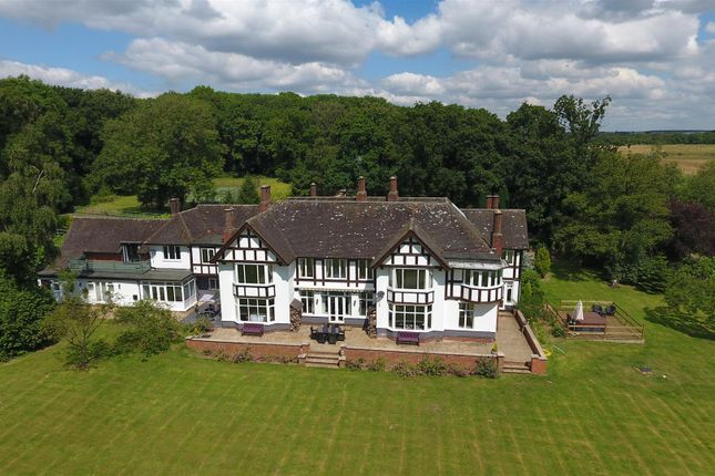 Thumbnail Detached house for sale in Pagets Lane, Bubbenhall, Warwickshire