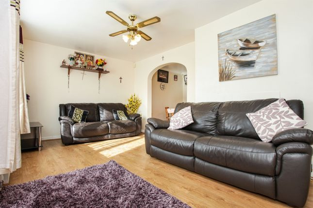 Thumbnail Terraced house for sale in Rivey Close, Linton, Cambridge