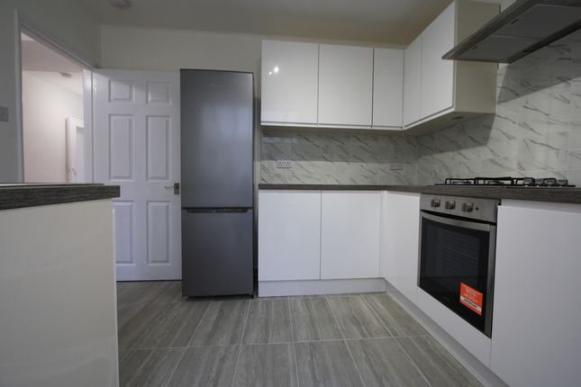 2 bed terraced house to rent in Blanchland Road, Morden SM4
