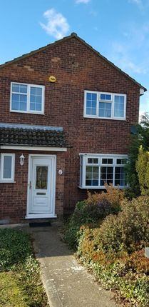 Thumbnail Detached house to rent in Hunting Gate, Hemel Hampsted