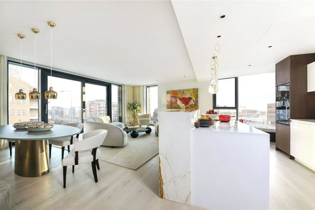 Thumbnail Flat for sale in Chelsea Island, Harbour Avenue, London
