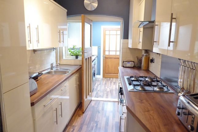 Thumbnail Terraced house for sale in Edgehill Road, Tooting Borders