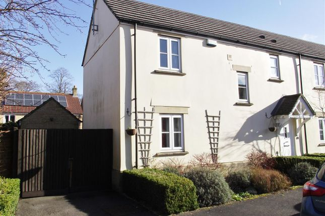 Thumbnail Semi-detached house for sale in Severn Close, Calne