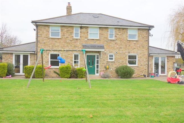 Thumbnail Property to rent in Whitewebbs Road, Enfield