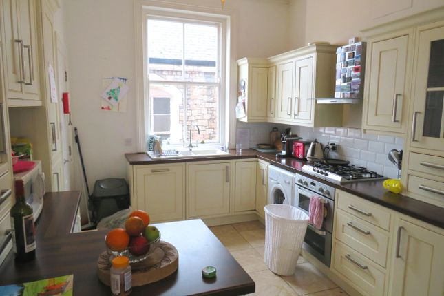 Thumbnail Flat to rent in New Bridge Street, Exeter