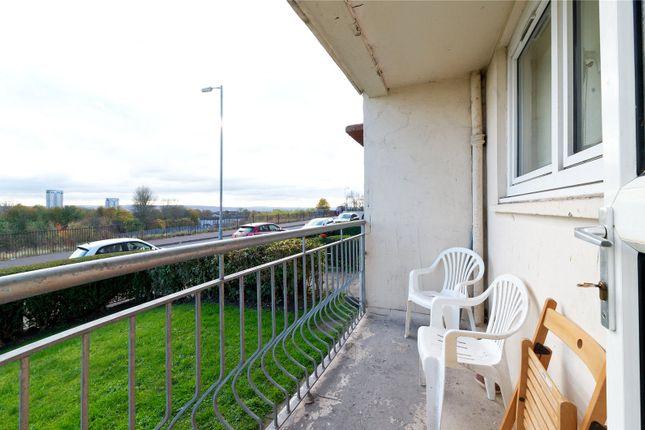 Picture No. 03 of Gartloch Road, Glasgow, Lanarkshire G33