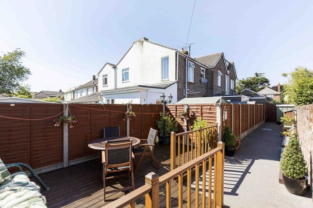 Thumbnail Flat for sale in The Crescent, Southbourne, Emsworth