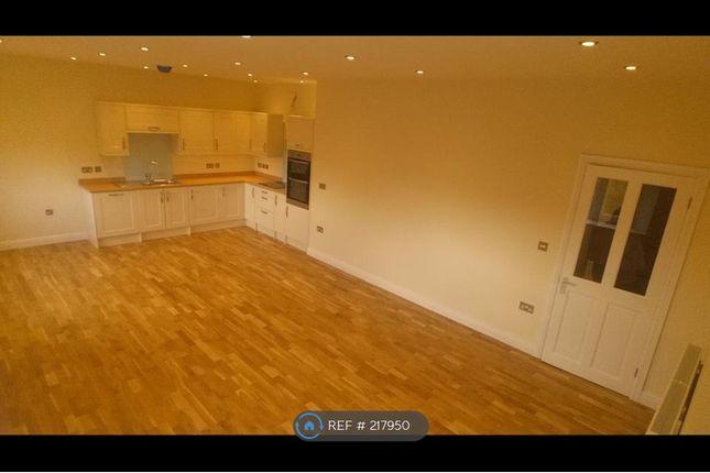 Thumbnail Flat to rent in Tremena Road, St Austell
