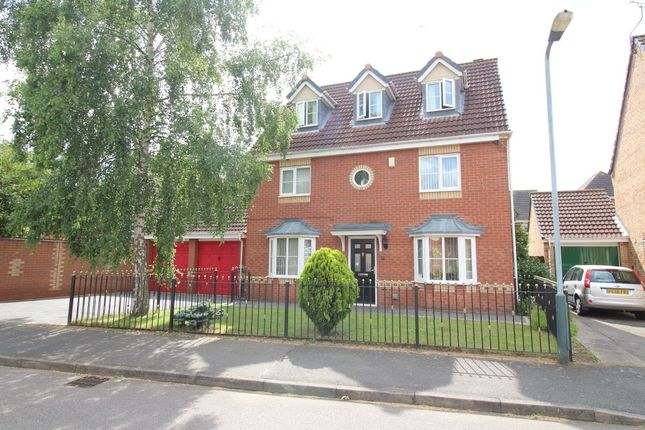 Thumbnail Detached house for sale in Orchid Close, Bedworth
