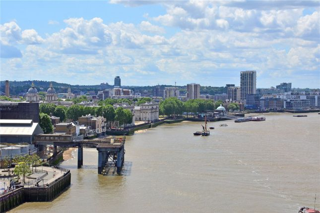 Picture No. 22 of Wyndham Apartments, 60 River Gardens Walk, Greenwich, London SE10