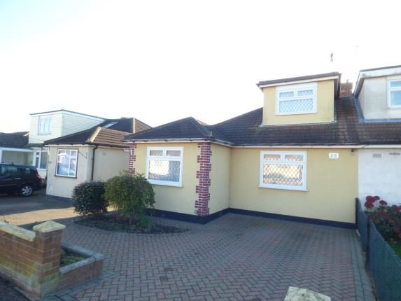 Thumbnail Bungalow for sale in Holtynge, Benfleet