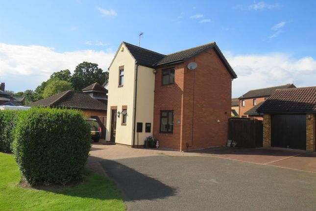 Thumbnail Detached house for sale in Barn Owl Close, Northampton