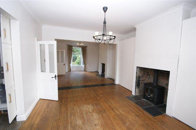 Thumbnail Terraced house to rent in Osborne Grove, Hipperholme, Halifax