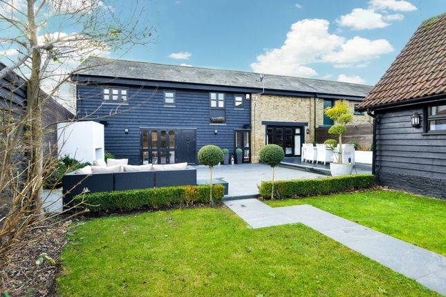 Thumbnail Property for sale in Threshers Bush, Harlow