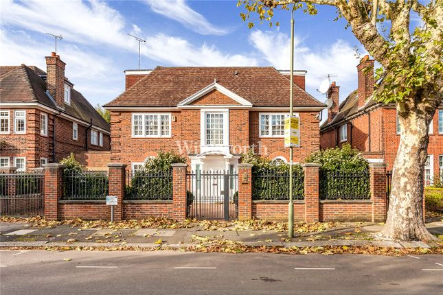 Thumbnail Detached house to rent in Hocroft Road, London