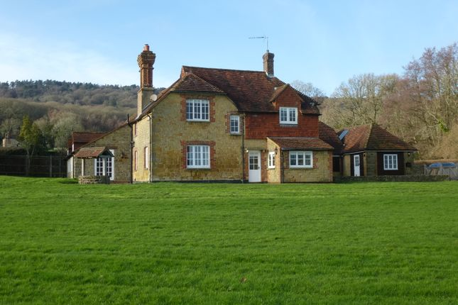 Thumbnail Detached house to rent in Jobsons Lane, Lurgashall