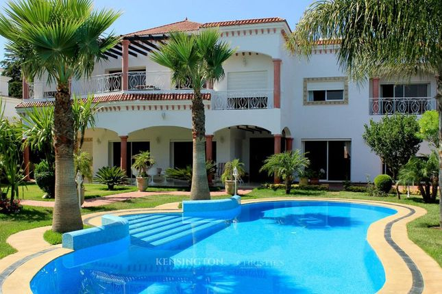 5 bed villa for sale in Tanger, 90000, Morocco