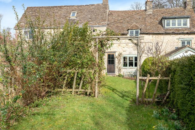 Thumbnail Cottage for sale in Scar Hill, Minchinhampton, Stroud
