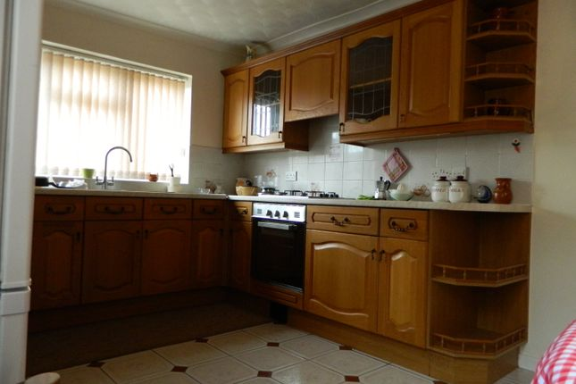 Thumbnail Maisonette to rent in Midland Road, Bedford