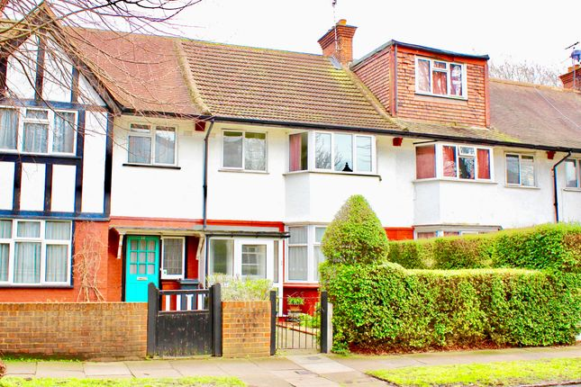 Thumbnail Terraced house to rent in Princes Avenue, London