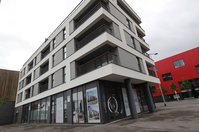 2 bed flat to rent in Millbay Road, Millbay, Plymouth PL1