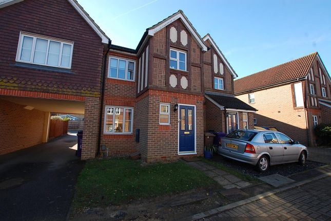 Thumbnail Terraced house to rent in The Chilterns, Stevenage