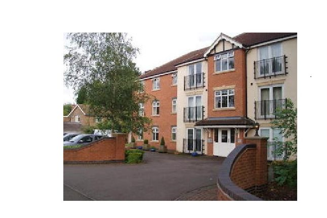 2 bed flat to rent in Burton Road, Derby
