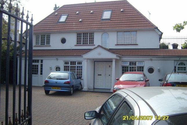Thumbnail Duplex to rent in Long Lane, Uxbridge