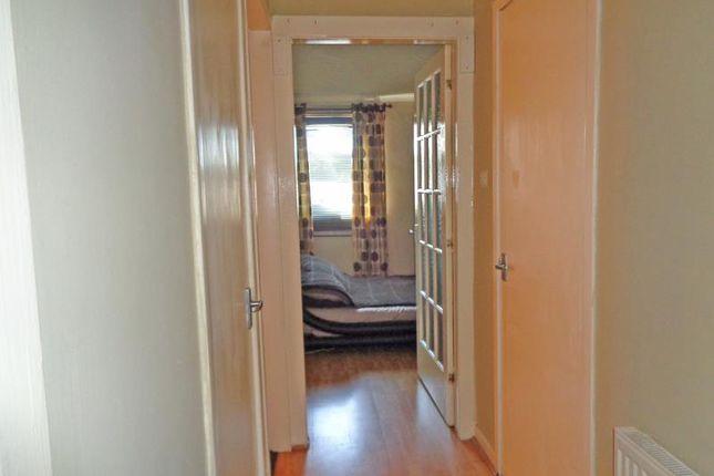 Lev0800Aab Hallway