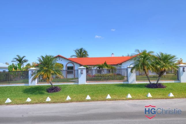 Property for sale in Fortune Beach, The Bahamas