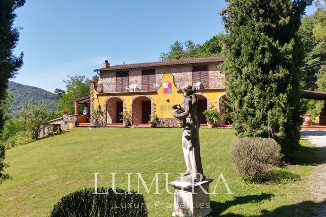 Country House With Drinking Water Source, Pool, Tennis Court, Lucca (Town), Lucca, Tuscany, Italy