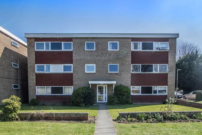 2 bed flat to rent in Riversmeet, Hertford SG14