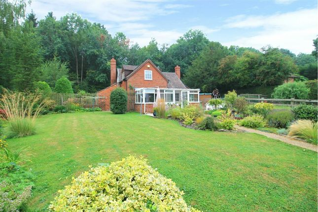 Thumbnail Cottage for sale in 69 Ashperton Road, Ledbury